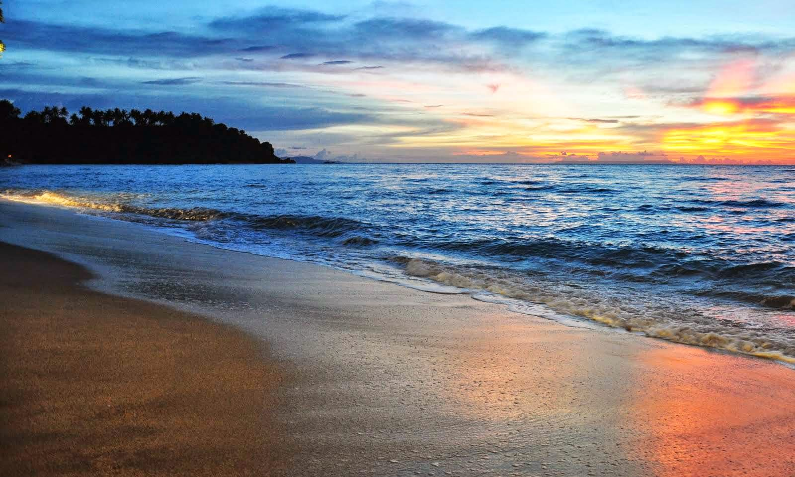 Nama Pantai Indonesia Yang Mendunia – Chandro Kordinand